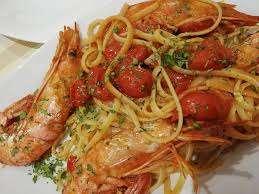 Pasta con i gamberono ricetta siciliana