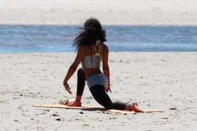 Yoga mare sicilia