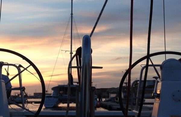 Egadi in barca a vela escursione Sicilia